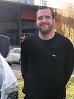 Marc, Autoglaser & Geschäftsführer
